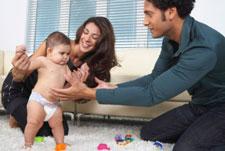 مراحل نمو الطفل من الشهر الأول وحتى الشهر السادس