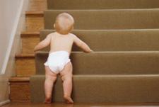 تطور الطفل خلال الشهر الثامن